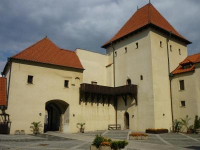 1369743986_014_kadan-hrad_2_.jpg
