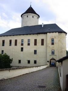 1369746366_hrad_rychmburk.jpg
