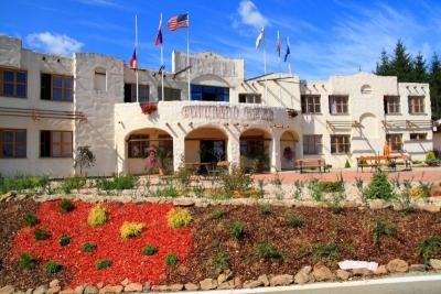 1384686147_Hotel_Colorado_Grand_01.jpg