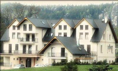 1384725298_hotel0005_hotel_javor_adrspach.jpg
